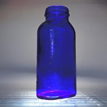 Ecco Eby Cobalt Blue Bottle Harrisburg Pennsylvania Vintage Medicine Powder Chemical Glass - Bottles