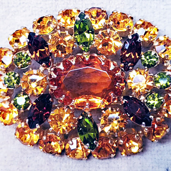 Rare Sherman Fruit Salad Pin, A Barrage Of Hounds Tooth Prongs, Gold Back - Costume Jewelry