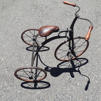 Antique tricycle - Toys