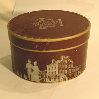 The T. EATON Co Limited, Winnipeg Mens Wear Tie Box