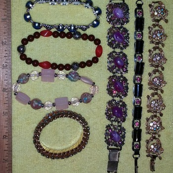 Bracelets w/o Markings - Costume Jewelry