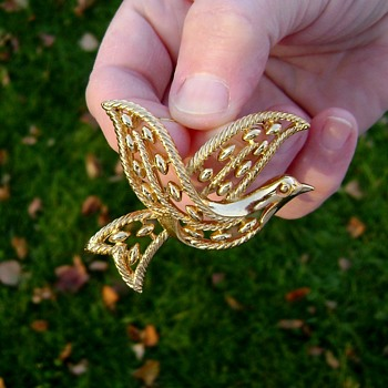 Trifari Peace Dove Brooch - Costume Jewelry
