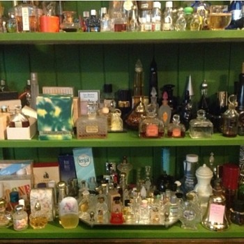 Vintage & Discontinued Perfume - Bottles