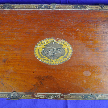 Antique wood cigar box...need more info