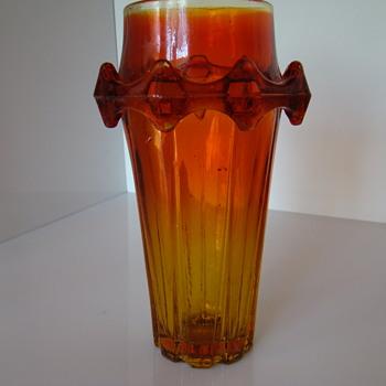 """Sylwester Drost's """"Diatret"""" vase - Art Glass"""