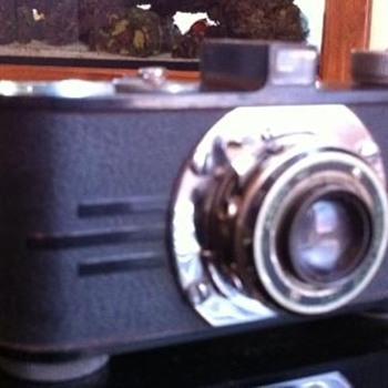 An old Argus Camera - Cameras