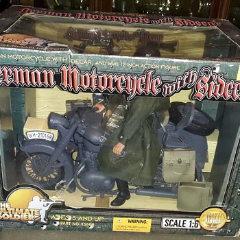 21st Century Toys Ultimate Soldier German Motorcycle With Sidecar 1/6 Scale Circa 2000 Part 1 - Toys