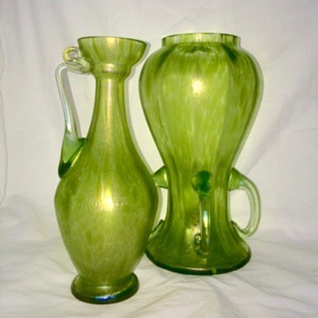 Loetz Diana Ciselé Ewer Pitcher & 4 Handle Iridescent Oil Spot Pair  Vases - Art Nouveau