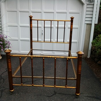 Foster Bed ( Utica, NY )