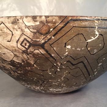 Polychrome Shipibo Conibo pottery Bowl Peru Amazon Indian - Pottery