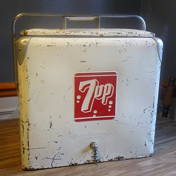7up Metal Cooler! - Advertising