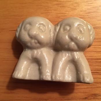 2 Pups Figurine - Figurines