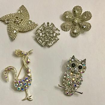 Pretty rhinestone brooches - Costume Jewelry