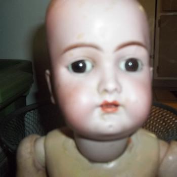 HANDWERCK BISQUE DOLL #69-10 - Dolls