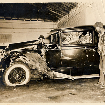 Harlem car wreck - Photographs