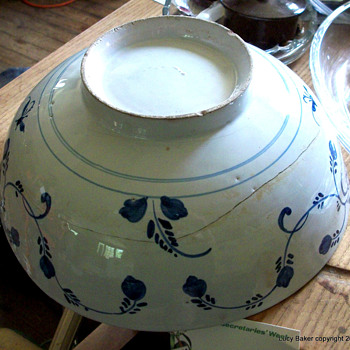 Delft(?) China (Chinese?) Bowl Blue and white, Tin glaze(?),Dutch? What ??? - China and Dinnerware