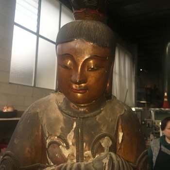 Gilt laquer wooden buddha - Asian