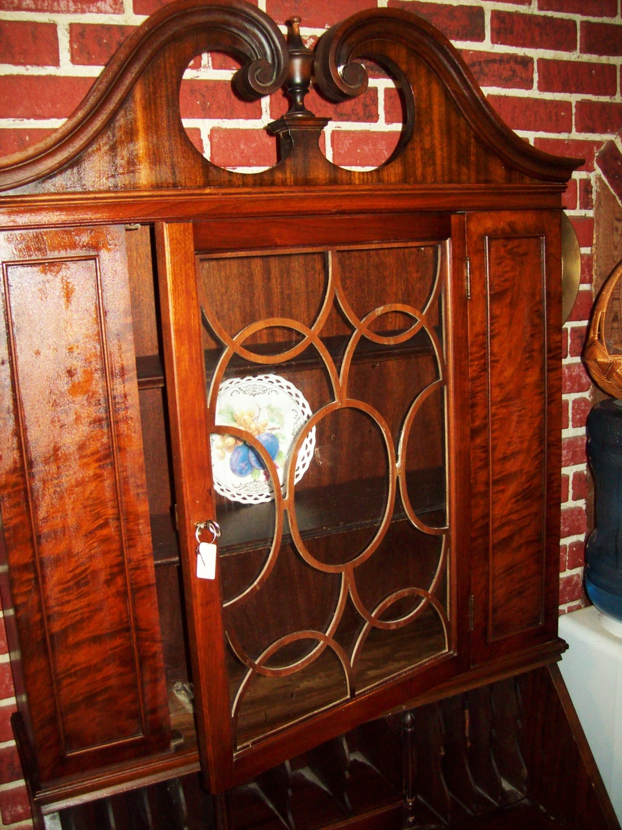 Good Antique Secretary Desk/Hutch By Union Furniture Co. Rockford Illinois.    Collectors Weekly