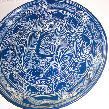 Hand painted plates - China and Dinnerware