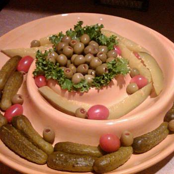 Assorted dinnerware