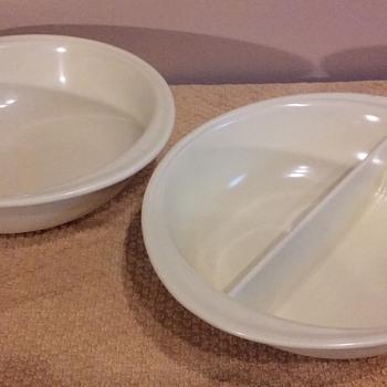 pair of pastel yellow MELADUR serving bowls - Kitchen