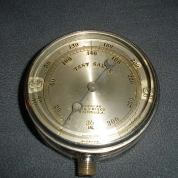 Steam Pressure Bourdon Test Gauge - Tools and Hardware