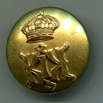 Royal Hawaiian Military Uniform Button - Military and Wartime