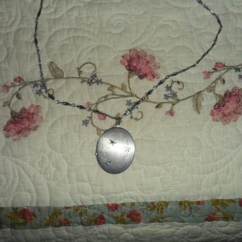 Coro Locket 2 Photo 1 Stone - Costume Jewelry