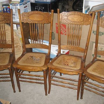 Larkin press-back - Furniture