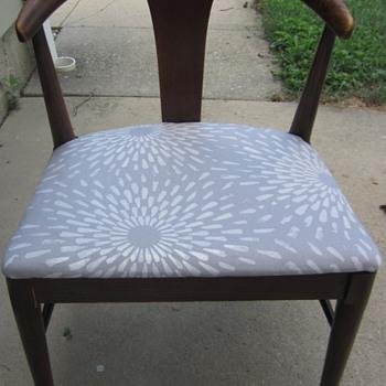 Danish Modern Mid Century chairs Hans Wegner style?