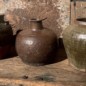 3 pieces of stoneware - China and Dinnerware