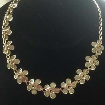 Pearly Flowers! - Costume Jewelry