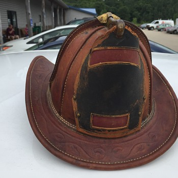 Antique Brown Leather Cairns Helmet