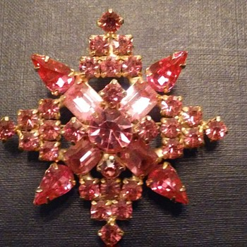 Kramer NY star snowflake brooch - Costume Jewelry