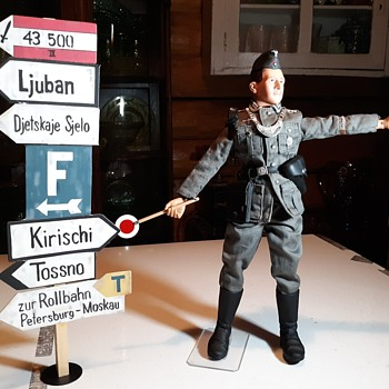 "Dragon 1/6 Scale WWII Wehrmacht Feldgendarme ""Karl"" 1999 - Military and Wartime"