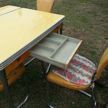 Art Deco Kitchen Set - Furniture