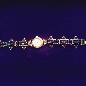 Rhinestone Bracelet Watch / Swiss Quartz Movement Assembled in Thailand / Circa 20th Century