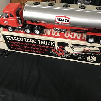 Texaco tanker truck  - Petroliana