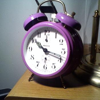 70s? not sure Wedgefield twin bell purple alarm clock