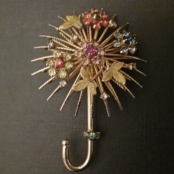Warner umbrella brooch  - Costume Jewelry