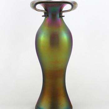 Imperial FH 210 Free Hand Line Bronze Lustre Split Top Vase ca 1923-24 - Art Glass