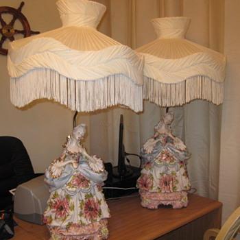 Porcelain Lady Victorian lamps - Lamps