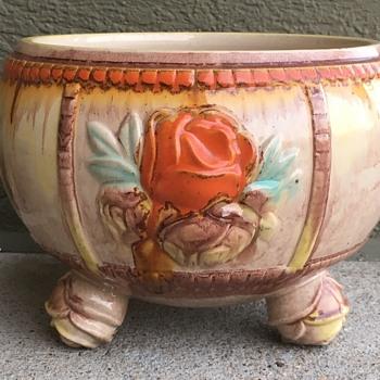 Art Pottery Bowl Flowers Tri Feet