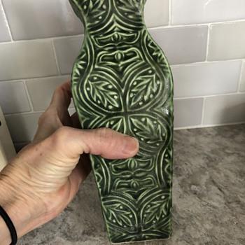 Matte green vase - Pottery