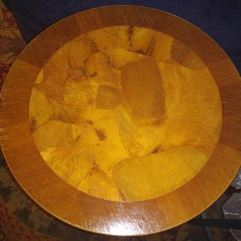 Vintage Round Wood Table Made In Italy Stamped Georgian Style 1960s - Furniture