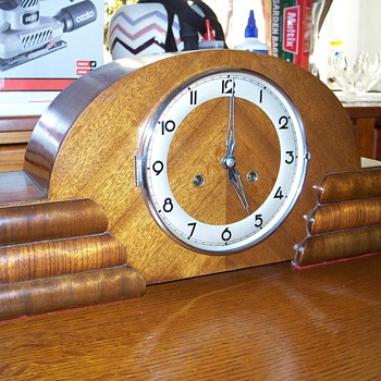Possibly a Junghans??? Anyone know the identity and age of this clock?  - Clocks