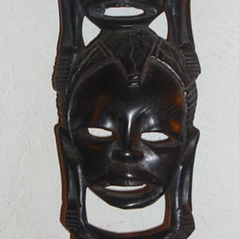 Small African mask - Folk Art