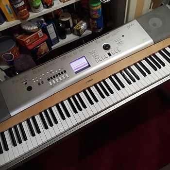 """YAMAHA """"portable grand"""" piano - Musical Instruments"""