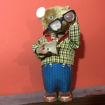 1950s Vintage Windup Eyeglass Cleaning Bear  - Toys