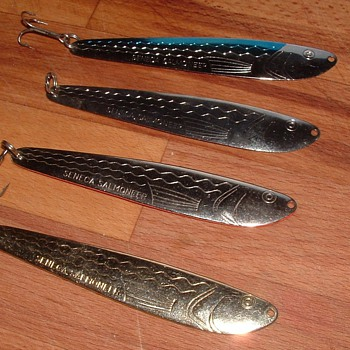 Vintage Seneca Salmoneer Fishing Lures - Fishing